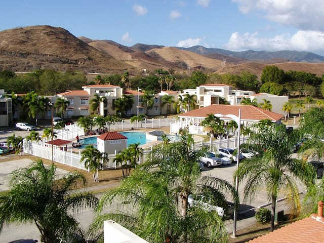 Scenic Golf Course Family Retreat - Guayama - Villa