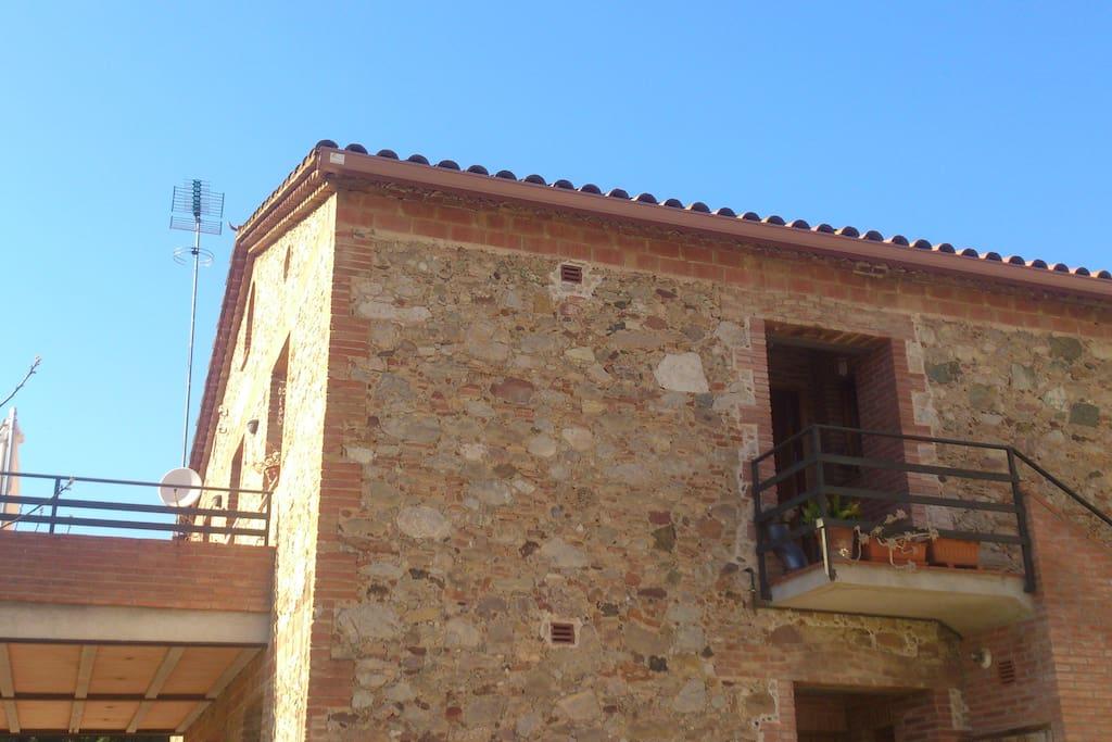 Vista de l'exterior de la casa