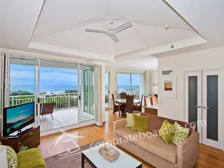 MAN4324 - Two Bedroom Ocean View Suite