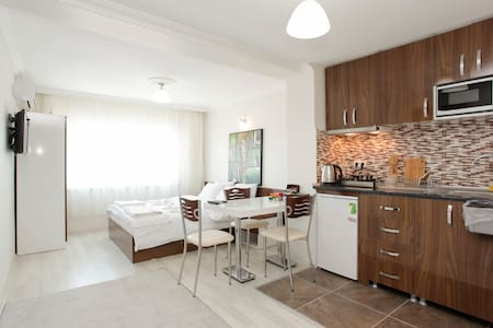 Myra Apart - Deluxe Sea view Studio - İstanbul - Apartment