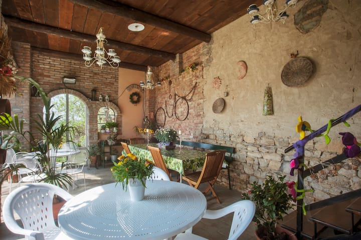 Romantico B&B immerso nel verde / Camera Rosa - Bersani - Bed & Breakfast
