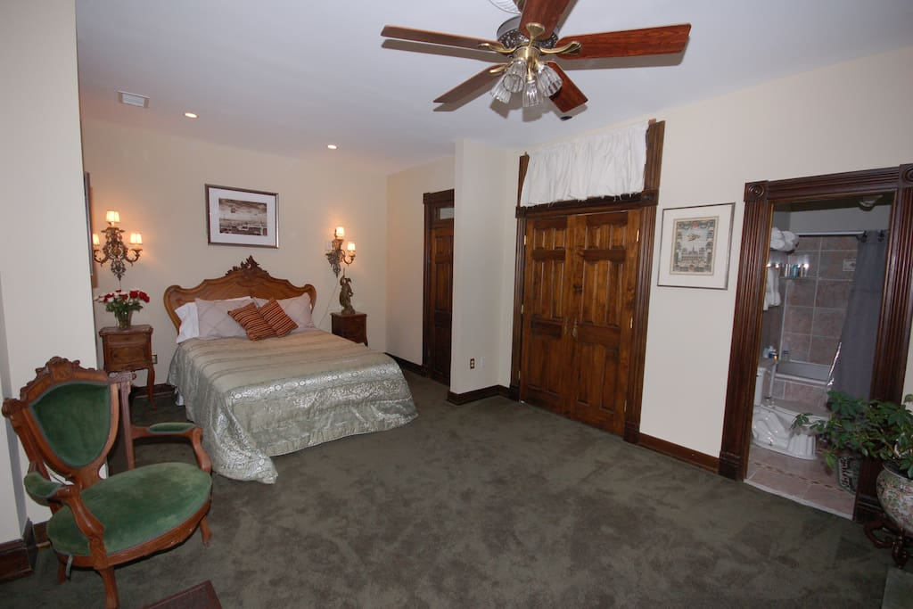 Good sized guest room