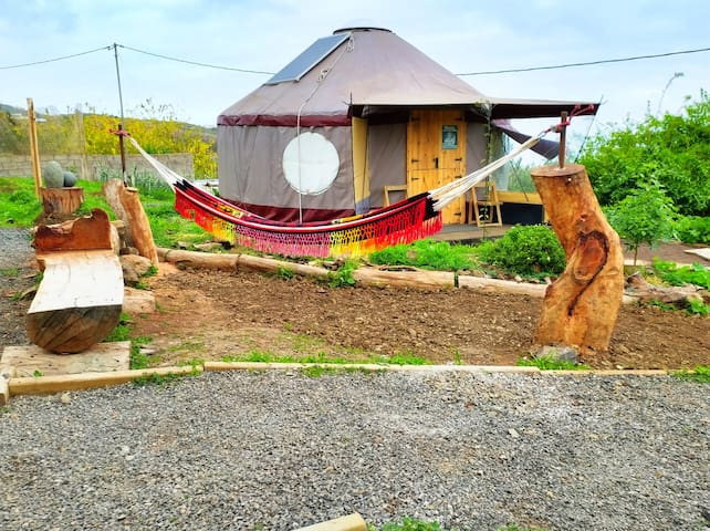 EcoYurt at the hills w/ breakfast and a sea sight