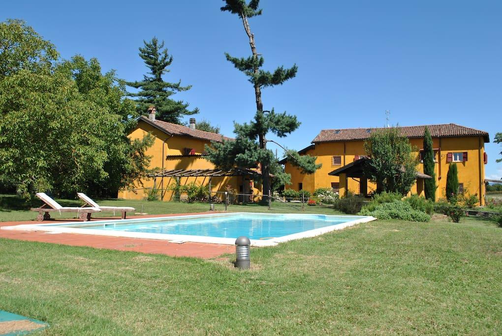 Casa vacanze cascina ometto ville in affitto a pasturana for Casa vacanze milano