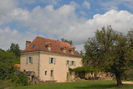 Chambre Gîte Mas de Redoulès - St. Cirq Lapopie. f - Saint-Martin-Labouval