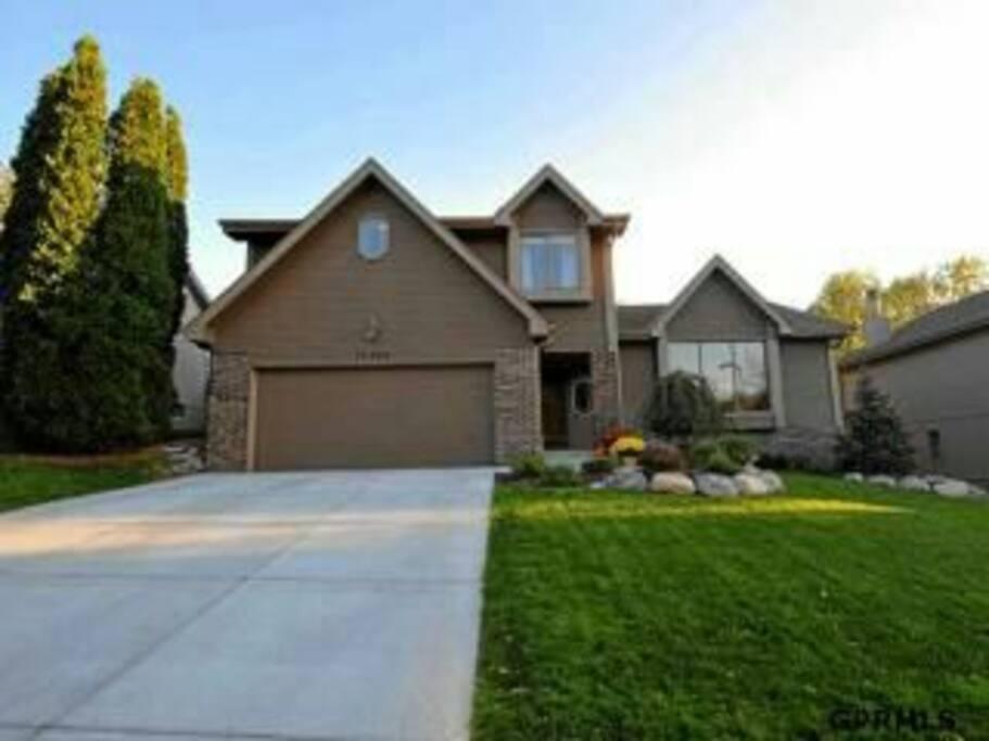 Beautiful 4 Bedroom House Houses For Rent In Omaha Nebraska United States