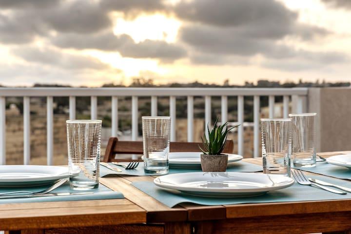 Gorgeous Sea-view Penthouse