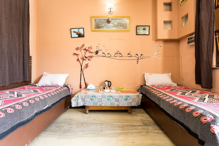 Comfort Stay - New Delhi - Bed & Breakfast