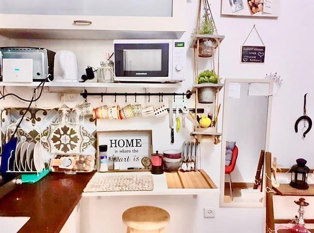 Cozy mini studio on florentine