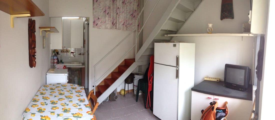 Indipendente Trilocale 4 persone - Costa Saracena - Castelluccio - Apartment