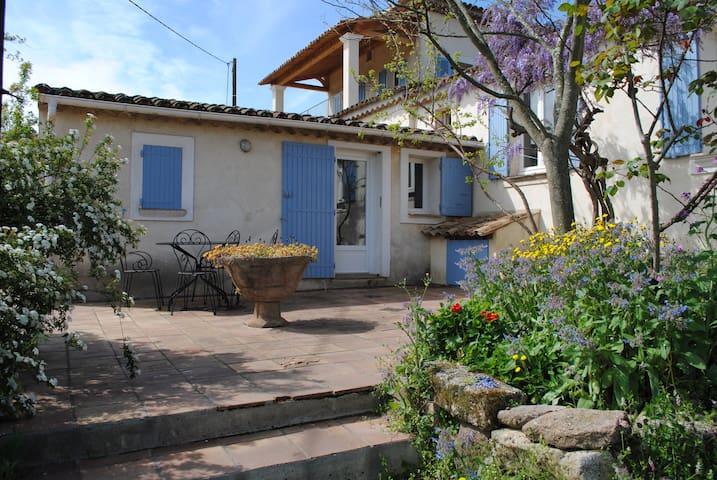 Location Gîte en Provence - Roquebrune-sur-Argens - Dům