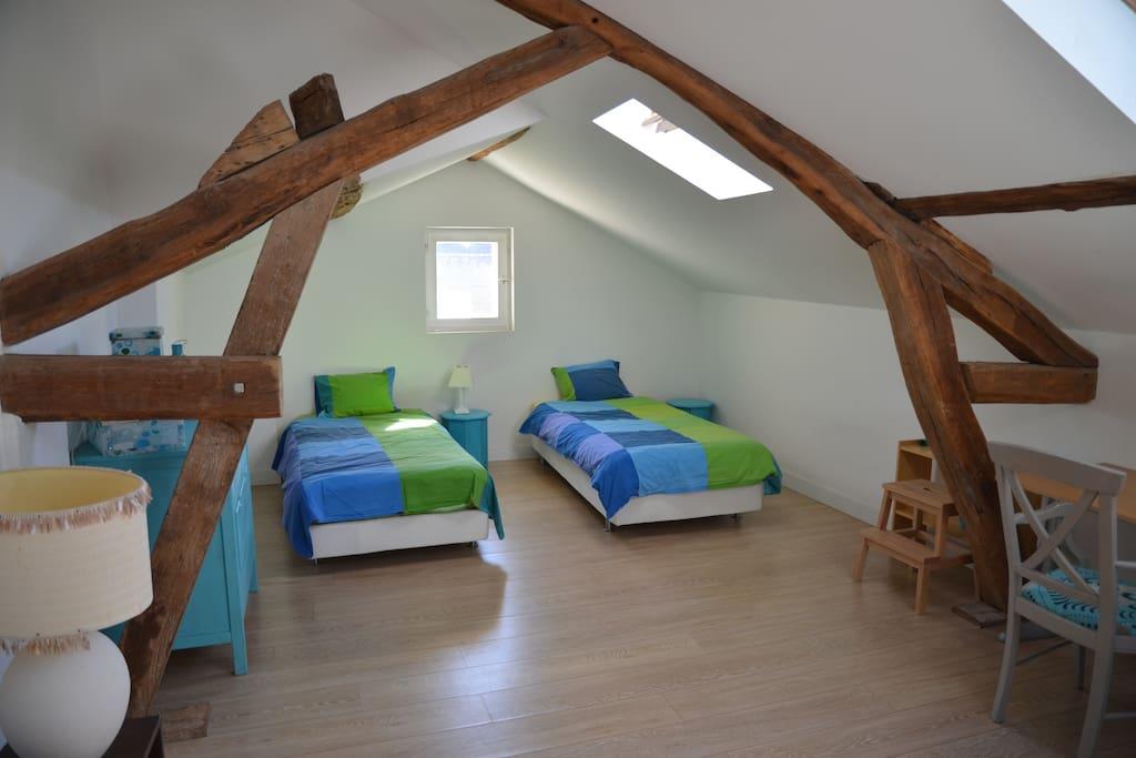 charmante maison de ville houses for rent in maisons laffitte le de france france. Black Bedroom Furniture Sets. Home Design Ideas