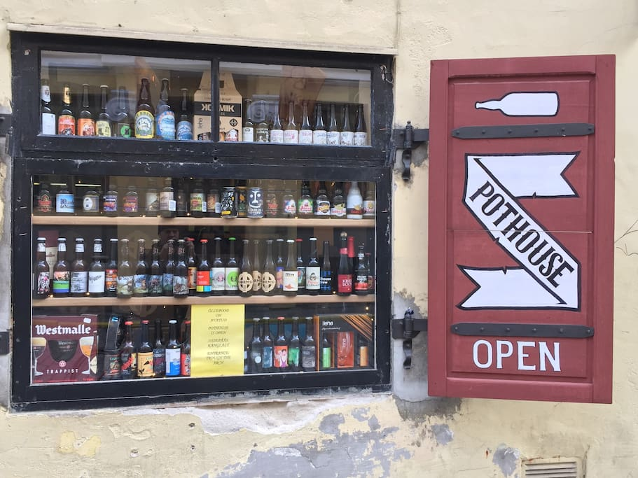 Beer shop with about 501 crafted beers on sale!