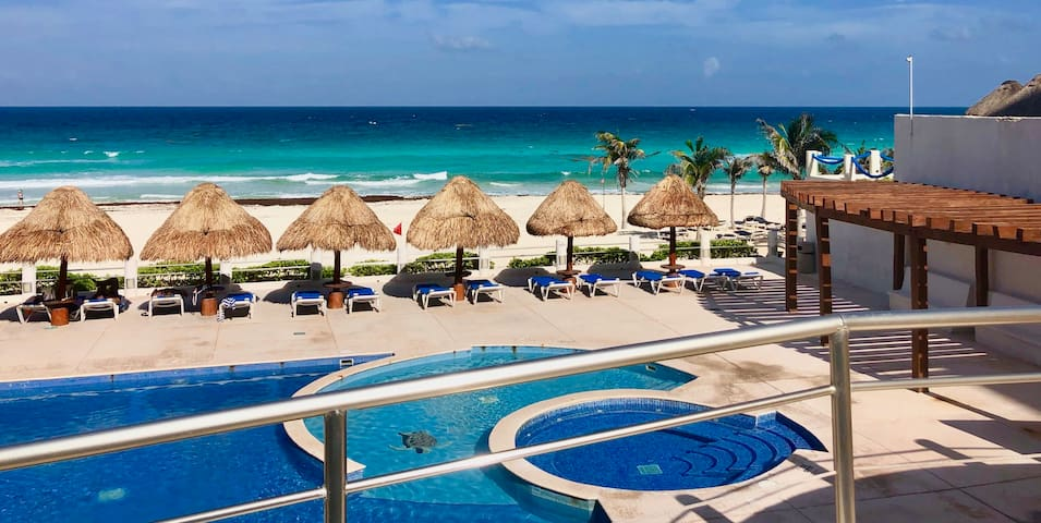 Cancun Beach King Size bed