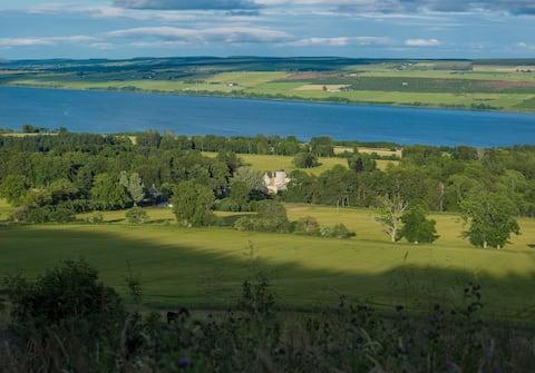 Foulis Cottage, Foulis Estate, Highland Scotland