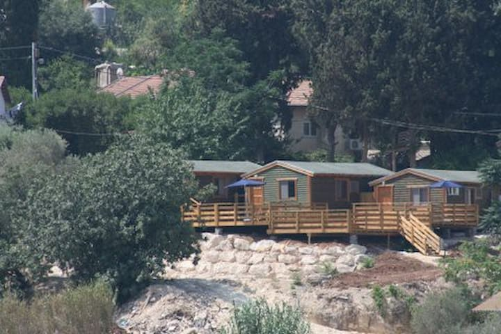 Beautiful relaxing cabins - Beit Me'ir - Cabaña