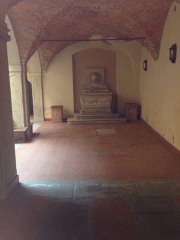 in centro città in palazzo d'epoca - Brescia - Wohnung