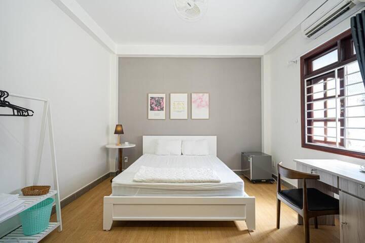 Futuristic Inn | Cozy Minimalist Style Double Room