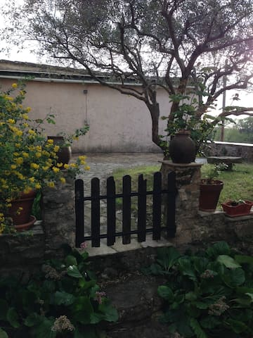Charmante maison de hameau - Saint-Antonin-du-Var - Dom