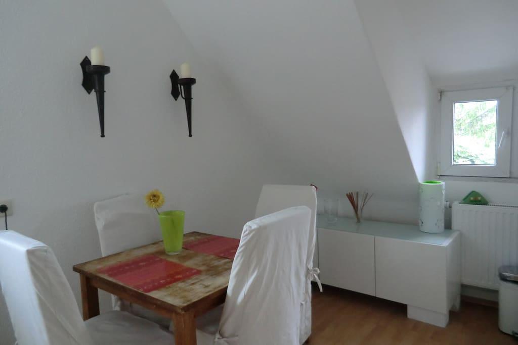 chices doppelzimmer in hafenn he condos zur miete in d sseldorf nordrhein westfalen. Black Bedroom Furniture Sets. Home Design Ideas
