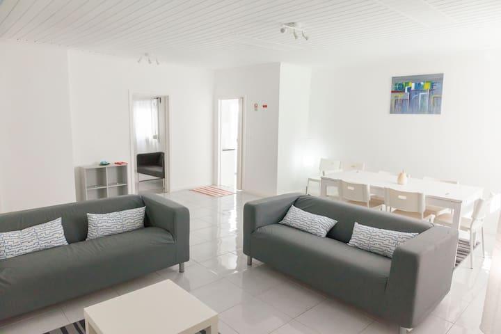 A House in the Beaches - Praia Pópulo