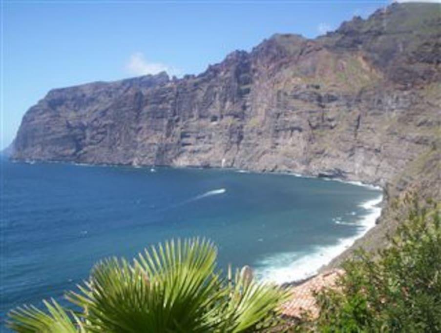 Amazing cliffs of Los Gigantes