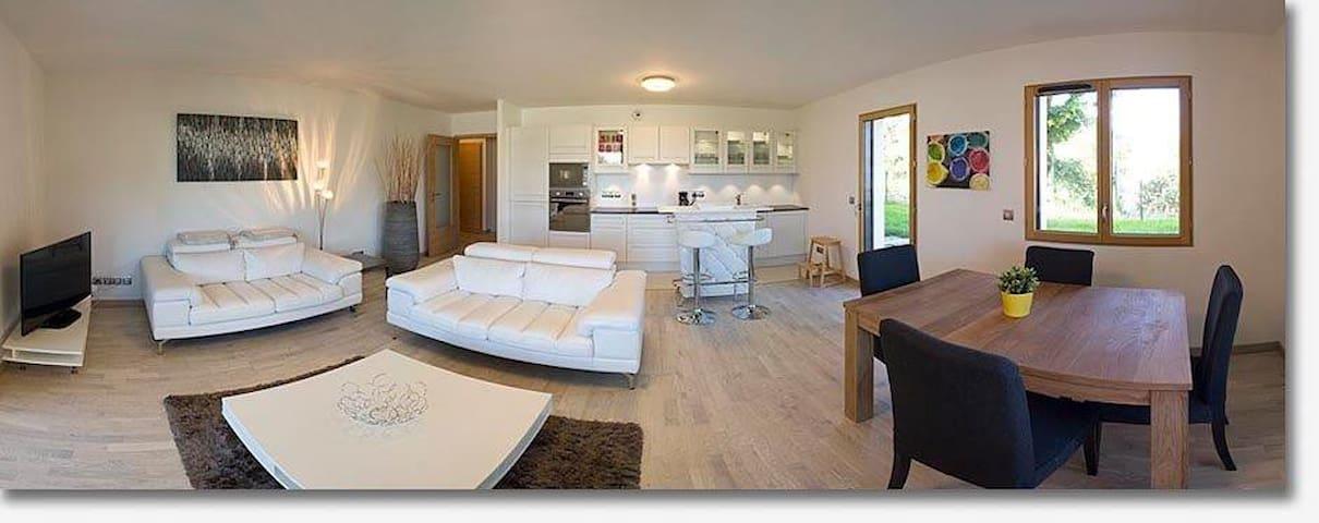 2 Bed center Divonne/GENEVA/Alps