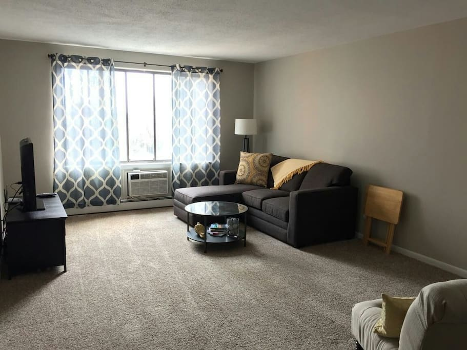 Sunny 1 Bedroom Condo Apartments For Rent In New Britain Connecticut United States