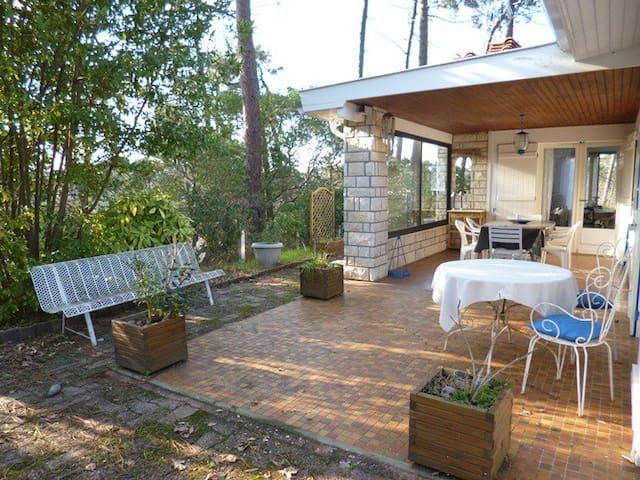Villa 8 personnes avec grand jardin - Lège-Cap-Ferret - House
