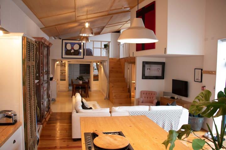 Urban loft style apartment in Kingsland