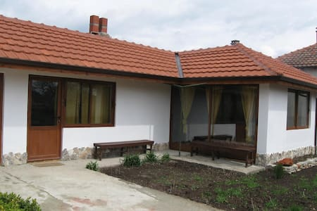 "Guest house ""Kosta Petrov"" - Balgarevo"