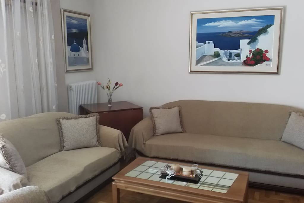 Διθέσιος και τριθέσιος καναπές