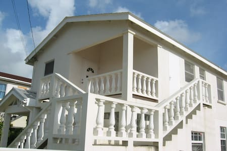 1st Floor Apartment, Heywoods Park, Barbados - Douglas - Appartement