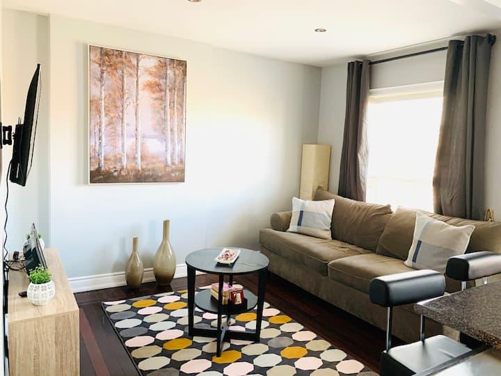 Cozy,Bright 2 bedrooms 2 FL. Aptment. Corso Italia