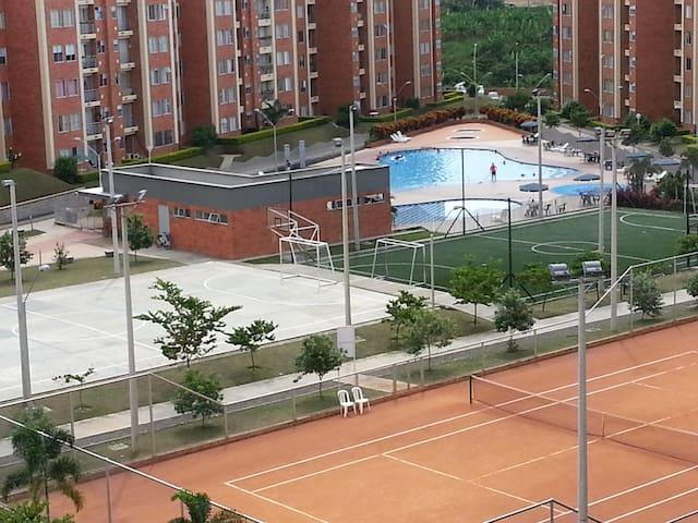 APARTA ESTUDIO 06 SÚPER ZONAS SOCIALES - Pereira - Apartamento