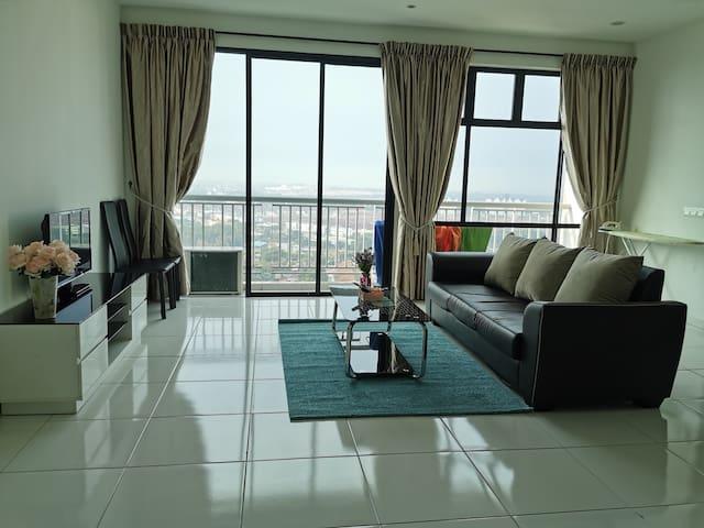 High floor service apartment