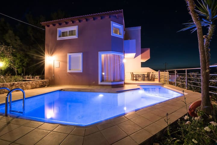 Pantanassa Villas - Terpsichore With Private Pool And Sea View
