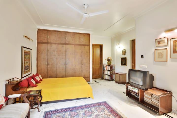 Marwar Room@GK  AC  WiFi