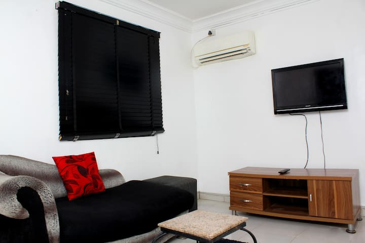 Cozy, Private 1 bedroom apartment in Lekki Phase 1