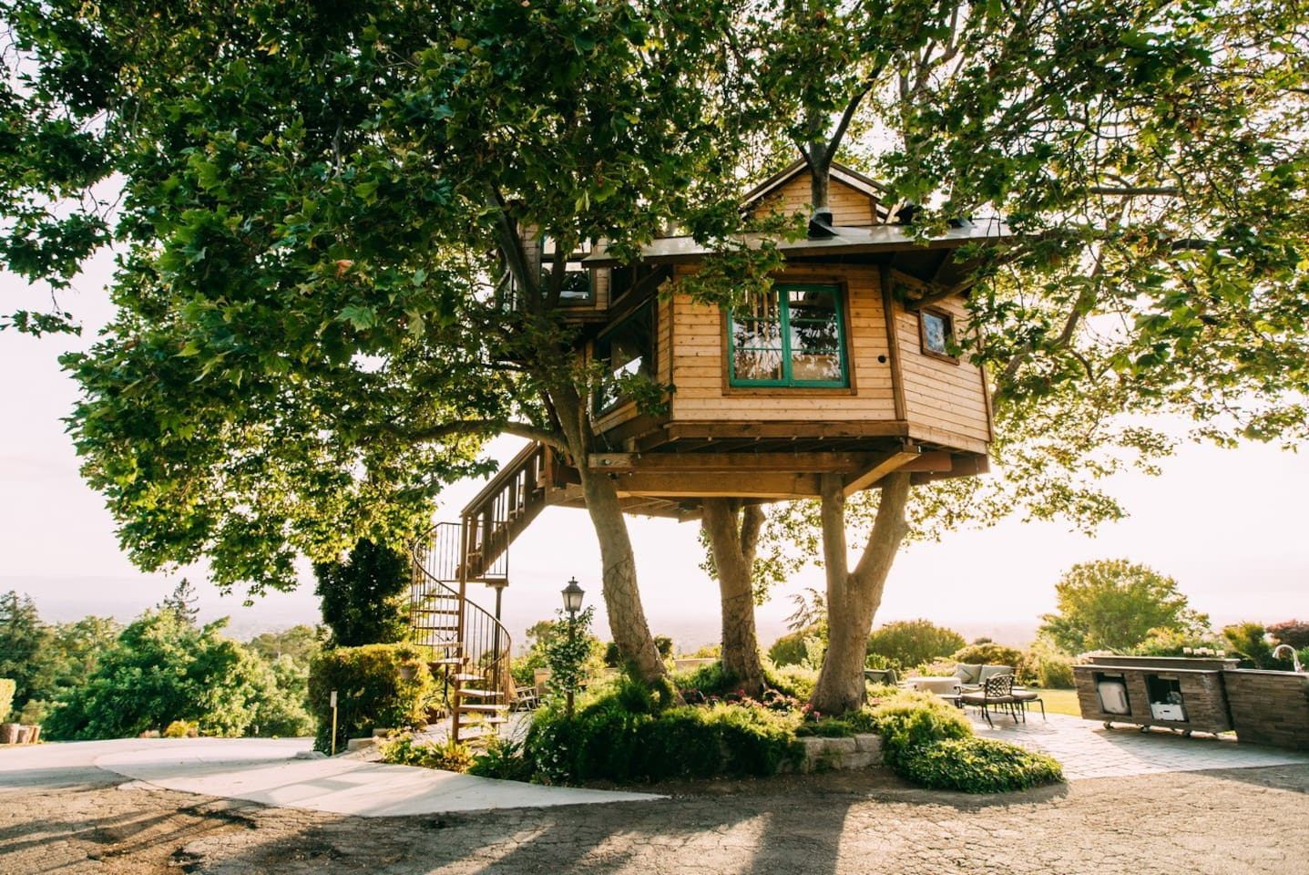 Treehouse with an amazing view of Silicon Valley