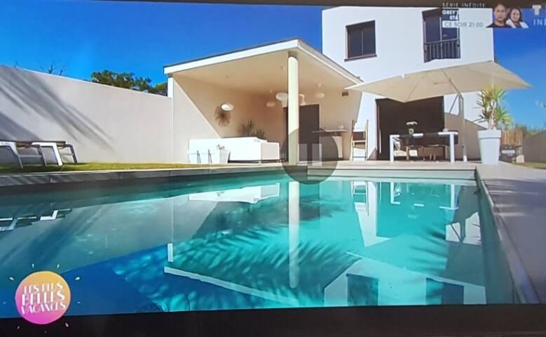 villa moderne piscine+jacuzzi Proche Montpellier