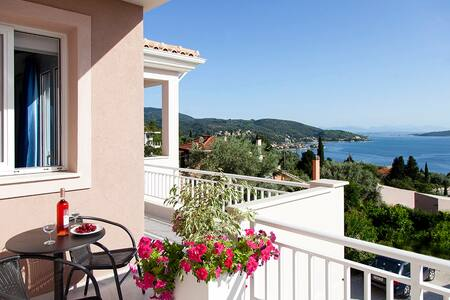 Apartment Chloe with Lovely Sea View - Lefkada - Lejlighed