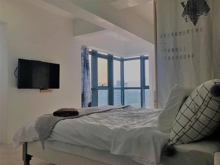 叮噹旅舍| 简约 ins大床房可做饭  华侨大学 香港城 自助入住