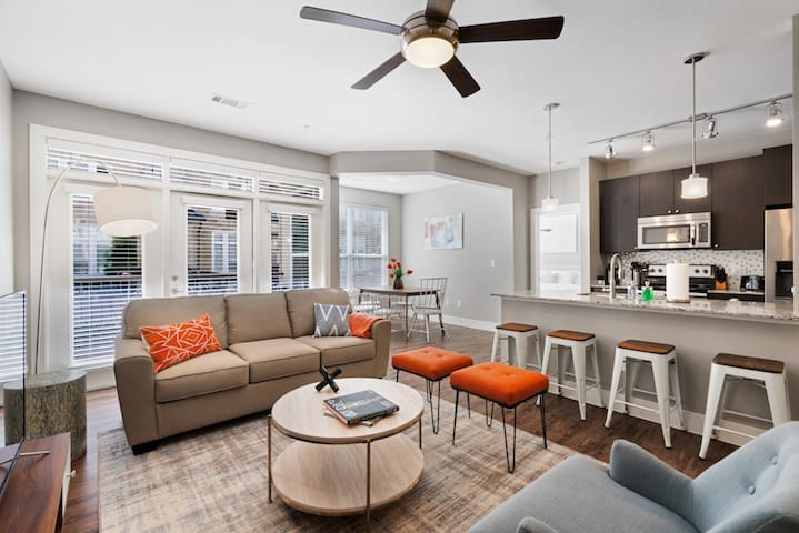 Kasa | Frisco | Stylish 1BD/1BA  Apartment