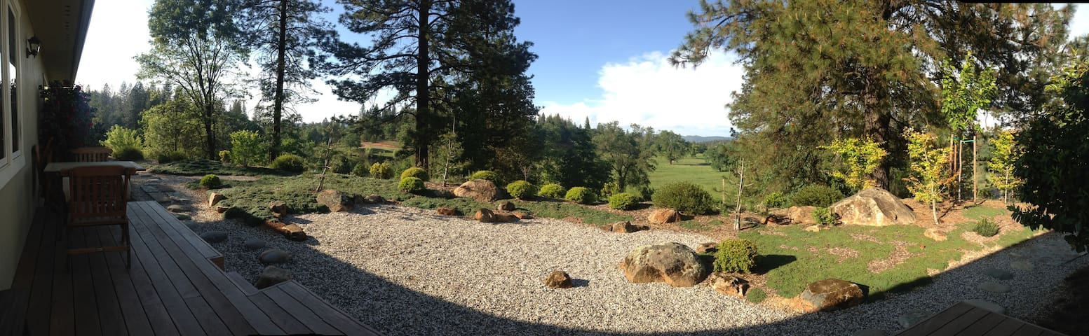 Peace & Plenty - Big Views & Yoga - Oregon House - Talo