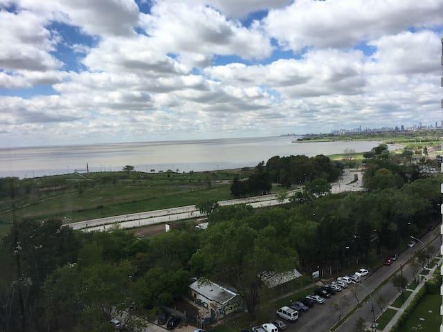 Vista al Río, Seguridad, Cochera, Gym y Pileta - Vicente López - Departamento