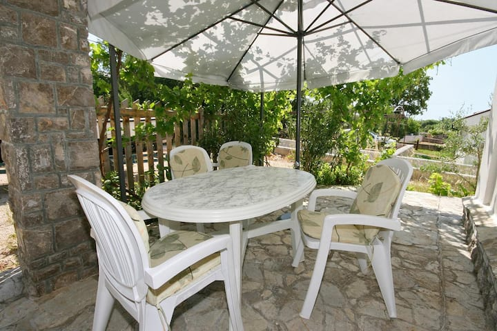One bedroom apartment with terrace Pinezići, Krk (A-5464-c)