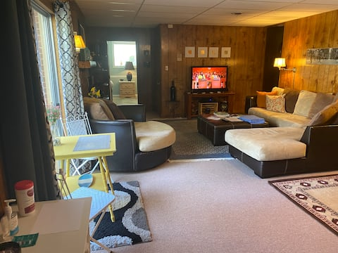 Private Entrance Basement Guest suite