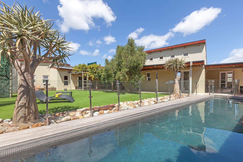 13m long glass-fenced pool.