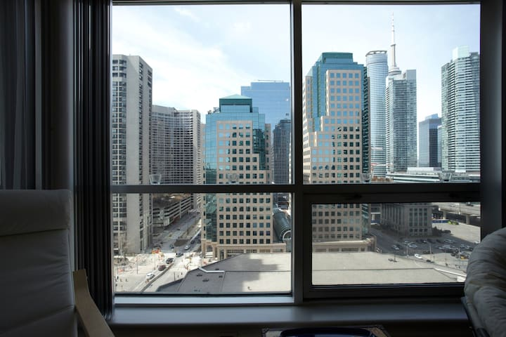 Stay by the Lake Downtown - Toronto - Apartment